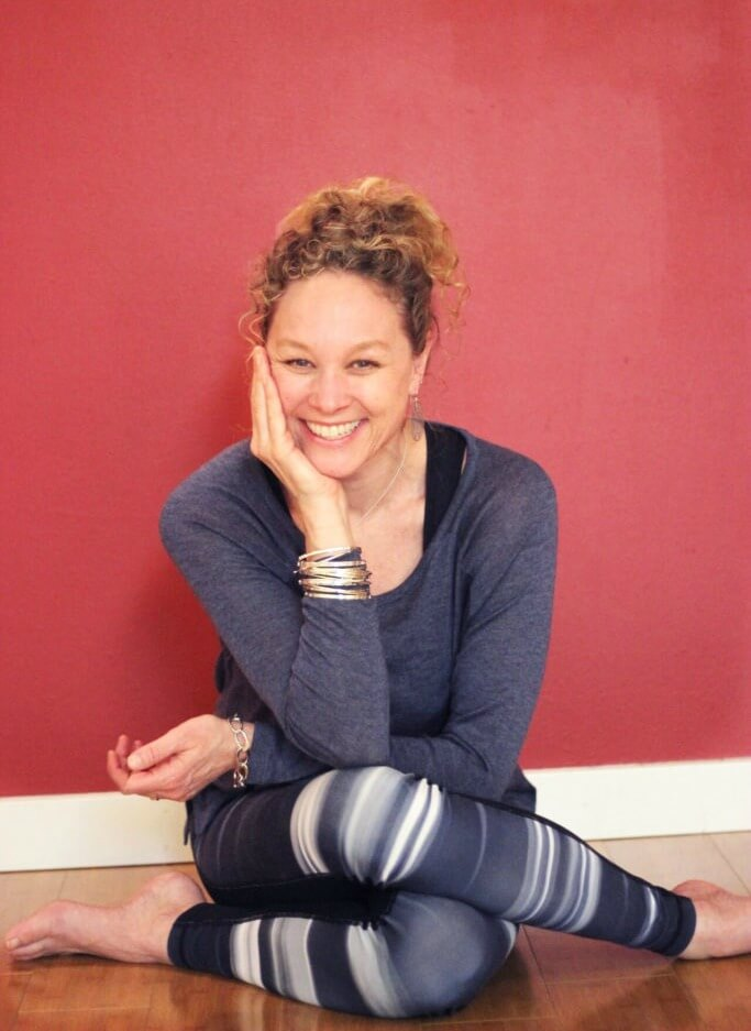 Jenny-Rhodes-yoga-intructor-aligned-yoga